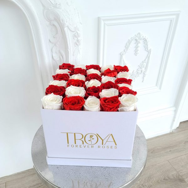 Large square with red & white roses