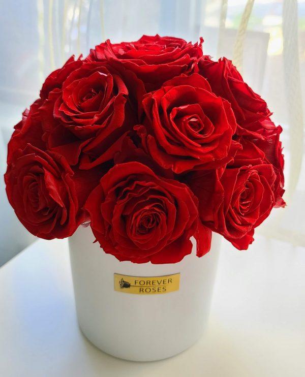 Mini El Luna with just red roses